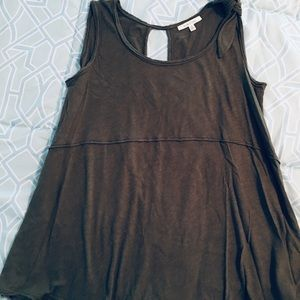 Deep Olive sleeveless swing top with keyhole back
